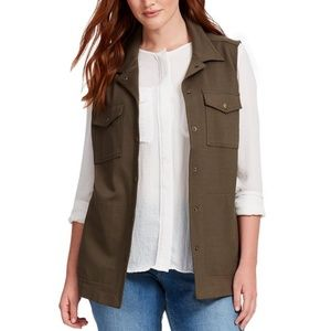 DREW Military Vest In Army Green